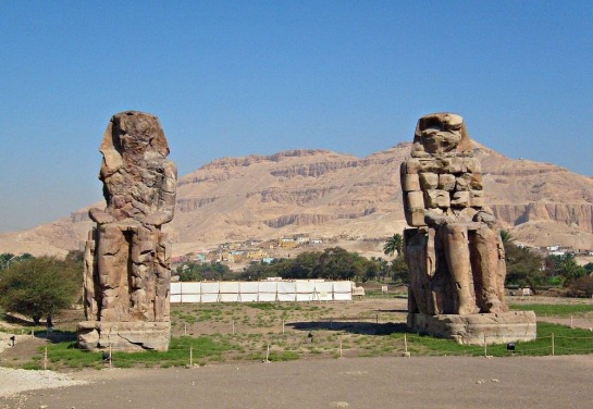 colossi-of-memnon-42
